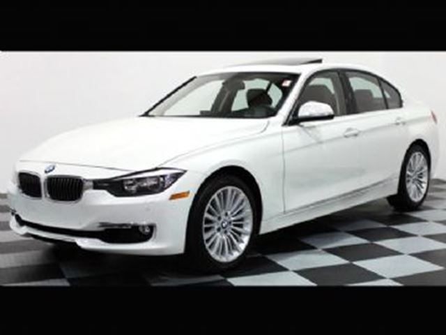 2014 BMW 3 SERIES 328i xDrive Premium Package (Navi), Lease Protect in Mississauga, Ontario
