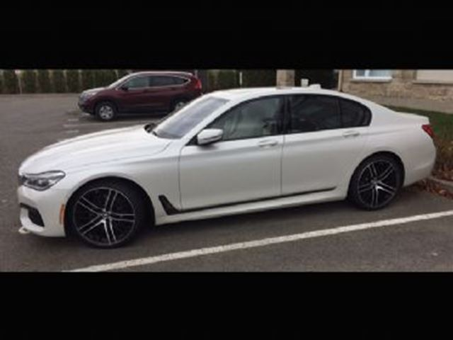 2016 BMW 7 SERIES 750i xDrive Executive, Dynamic Handling, Driver Ass. + + in Mississauga, Ontario