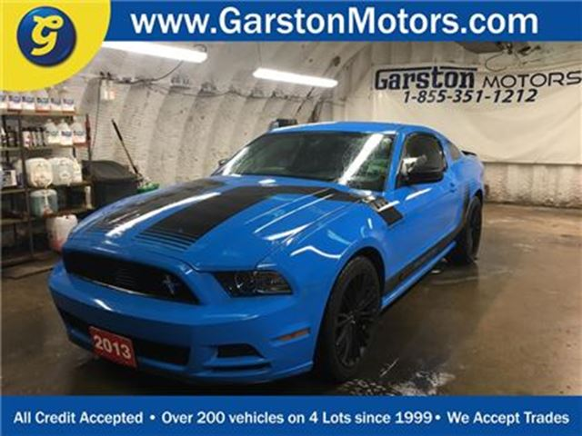 2013 Ford Mustang KEYLESS ENTRY*ALLOYS*CRUISE CONTROL*POWER WINDOWS/ in Cambridge, Ontario