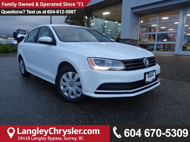 2015 VOLKSWAGEN JETTA 2.0L Trendline+ *LOCAL BC CAR* LOW KMS*DEALER INSPECTED* in Surrey, British Columbia