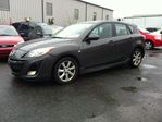 2010 Mazda MAZDA3 GS auto loaded roof  in Ottawa, Ontario