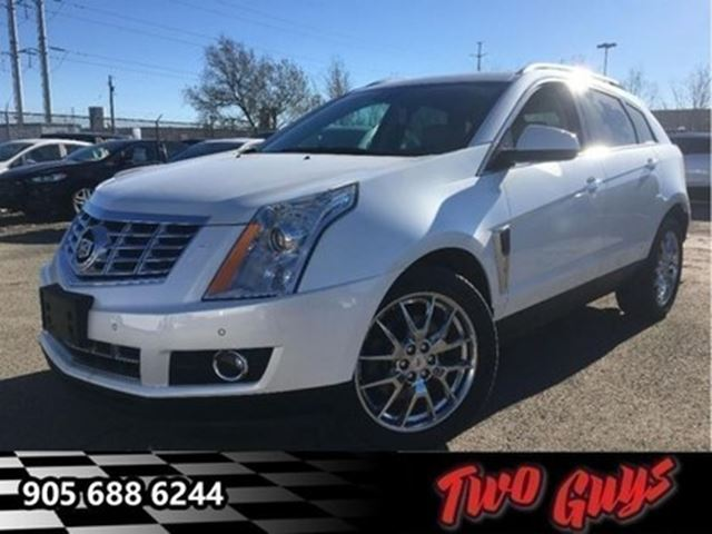 2013 CADILLAC SRX Premium Collection AWD LEATHER NAV PANORAMA ROOF in St Catharines, Ontario
