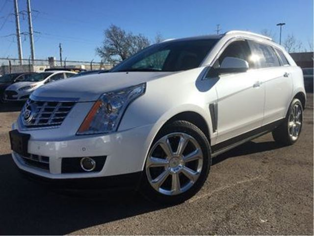 2013 CADILLAC SRX Performance Collection AWD LEATHER NAV PANO ROOF in St Catharines, Ontario