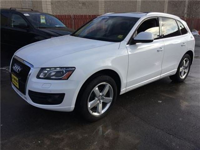 2010 AUDI Q5 3.2L Premium, Navi,Leather, Panoramic Sunroof, AWD in Burlington, Ontario
