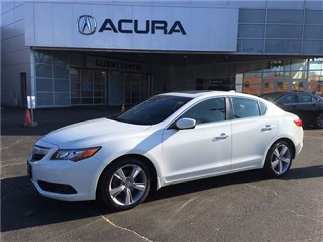 2014 ACURA ILX Dynamic w/Navi Package in Burlington, Ontario
