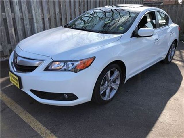 2014 ACURA ILX Dynamic, Navigation, Leather, Sunroof in Burlington, Ontario