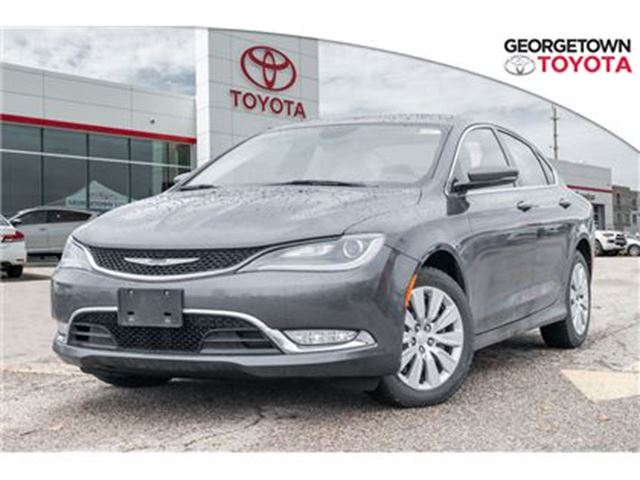 2015 CHRYSLER 200 Leather Seats,Backup Camera,Navigation in Georgetown, Ontario