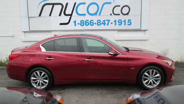 2016 INFINITI Q50 2.0T Base Q50 2.0T, AWD, BEAUTIFUL CAR RED ON TAN!! in Kingston, Ontario