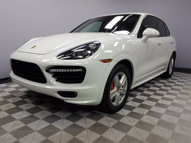2014 PORSCHE CAYENNE CERTIFIED PRE-OWNED | HIGH SPEC! | 2 Sets of Rims & Tires! in Edmonton, Alberta