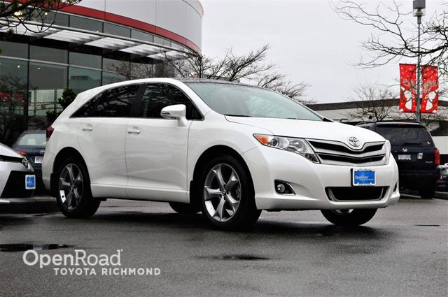 2016 TOYOTA VENZA Redwood Edition- V6, AWD, Bluetooth, Backup Cam in Richmond, British Columbia