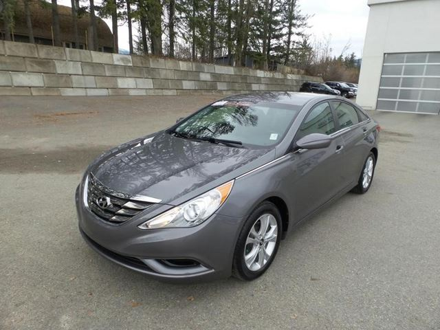 2011 HYUNDAI SONATA GL in Salmon Arm, British Columbia
