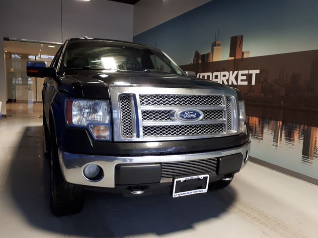 2010 FORD F-150 Lariat CrewCab 4x4 All-In Pricing $111/week +HST in Newmarket, Ontario