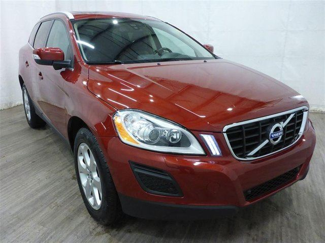 2011 VOLVO XC60 T6 Level 3 in Calgary, Alberta