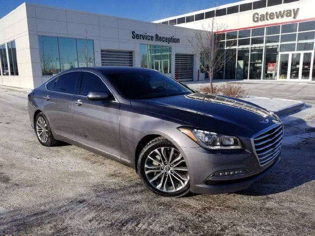 2015 HYUNDAI GENESIS 4DR SDN TECH Navi, Backup Cam, Leather Heated Seats in Edmonton, Alberta