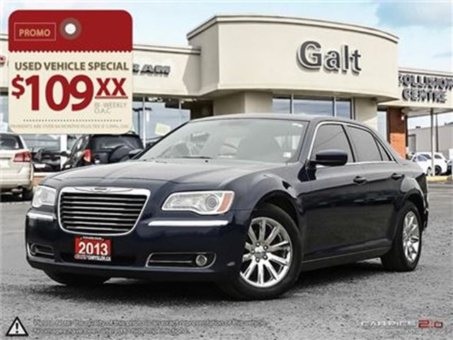 2013 CHRYSLER 300 TOURING   LEATHER HEATED SEATS MOONROOF in Cambridge, Ontario