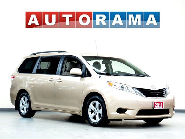 2011 Toyota Sienna LE LEATHER 8PASSENGER POWER SLIDING DOORS in North York, Ontario