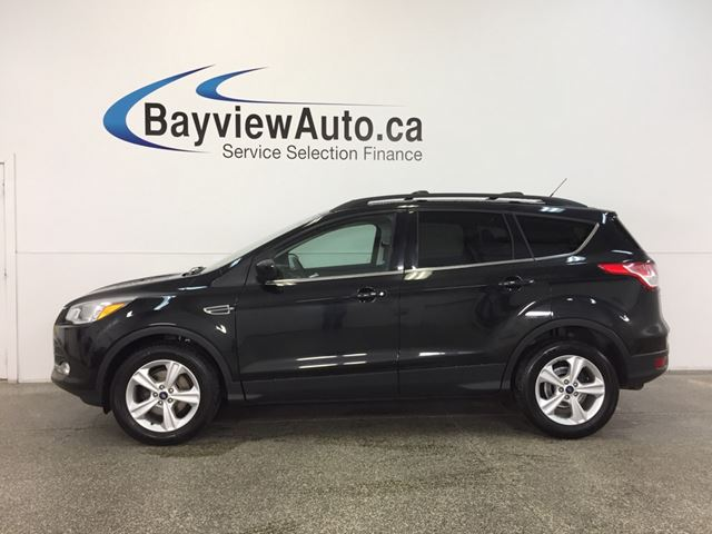 2015 FORD ESCAPE SE- ECOBOOST|HITCH|PANOROOF|HTD STS|REV CAM|SYNC! in Belleville, Ontario