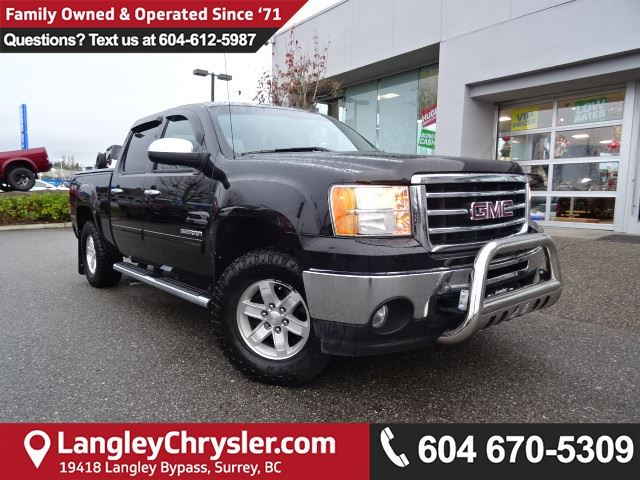 2013 GMC SIERRA 1500 SLE *ACCIDENT FREE * LOCAL BC TRUCK * in Surrey, British Columbia