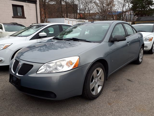 2008 PONTIAC G6 SE in Scarborough, Ontario