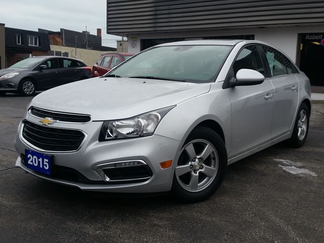 2015 Chevrolet Cruze 2LT,HEATED LEATHER SEATS, POWER SEAT ,SUNROOF,REMOTE START,ALLOYS, BACK-UP CAMARA,NAVIGATION,,FACTORY WARRANTY,18000 KLM in Dunnville, Ontario