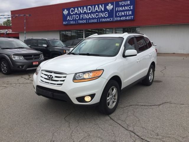 2010 HYUNDAI SANTA FE GL 3.5   AWD   BLUETOOTH in London, Ontario