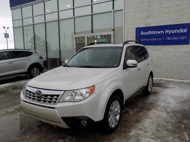2012 SUBARU FORESTER LEATHER/MOONROOF/HEATED SEATS in Edmonton, Alberta