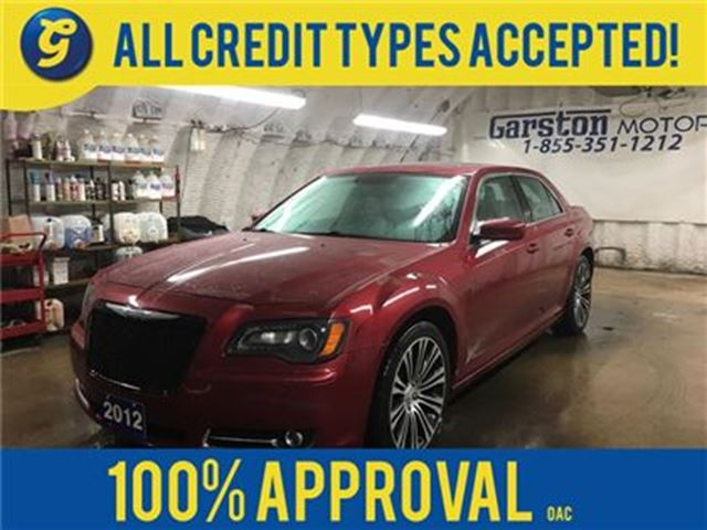 2012 CHRYSLER 300 S*LEATHER*POWER PANORAMIC SUNROOF*BEATS BY DRE AUD in Cambridge, Ontario