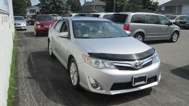 2013 TOYOTA CAMRY XLE V6 LEATHER, POWER SUNROOF, NAVIGATION in Kingston, Ontario