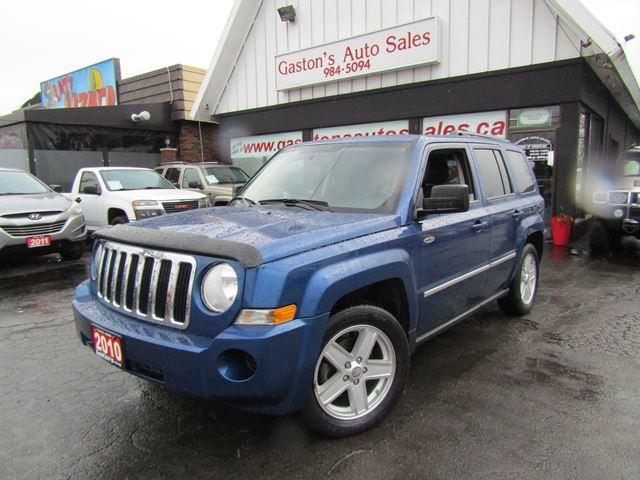2010 JEEP PATRIOT EXTRA CLEAN! 4WD! in St Catharines, Ontario