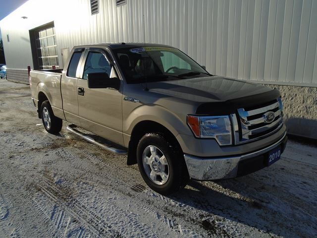 2010 FORD F-150 XL in North Bay, Ontario