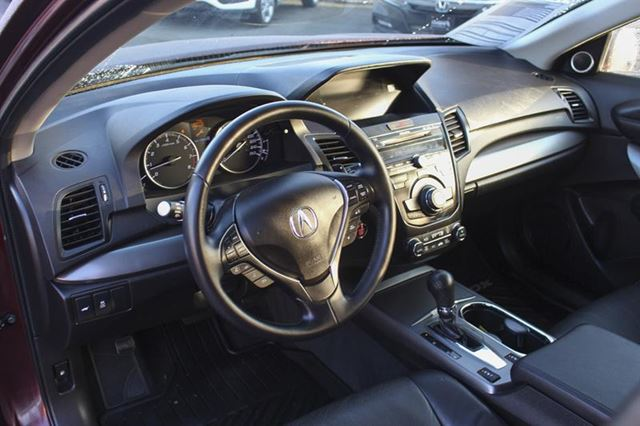2015 ACURA RDX Technology AWD Bluetooth in Victoria, British Columbia