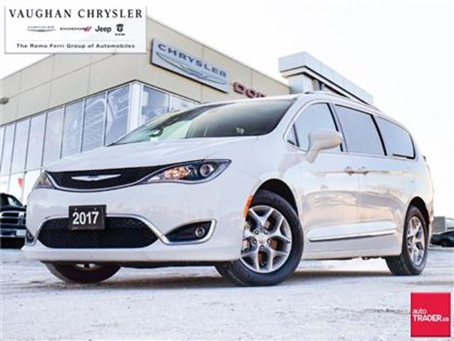 2017 CHRYSLER PACIFICA Touring-L Plus*Dual Dvd's*Navigation*Pano Roof in Woodbridge, Ontario