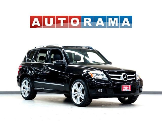 2011 Mercedes-Benz GLK-Class GLK350 NAVIGATION LEATHER SUNROOF 4WD in North York, Ontario