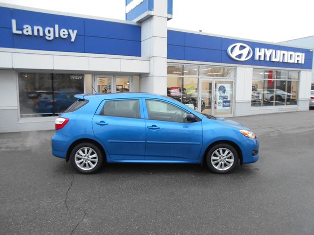 2010 TOYOTA MATRIX           in Surrey, British Columbia