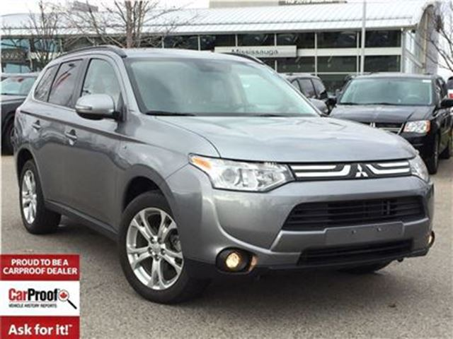 2014 MITSUBISHI OUTLANDER GT AWD**LOW KM'S!!**LEATHER**POWER SUNROOF** in Mississauga, Ontario