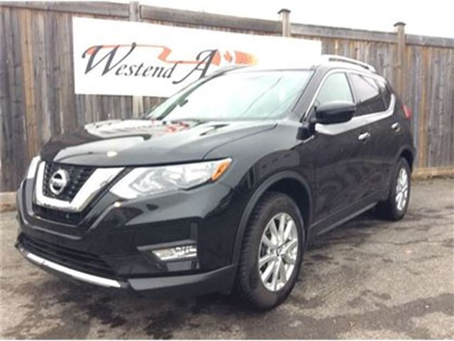 2017 NISSAN Rogue SV   27000KMS in Ottawa, Ontario