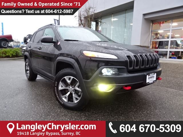 2016 JEEP CHEROKEE Trailhawk *ACCIDENT FREE * LOCAL BC JEEP * in Surrey, British Columbia