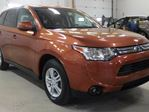2014 Mitsubishi Outlander 4WD SE, Remote start, heated seats in Calgary, Alberta