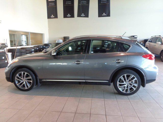 2016 INFINITI QX50 Heated Leather Seats, Sunroof, B/U Cam, Bluetooth! in Red Deer, Alberta
