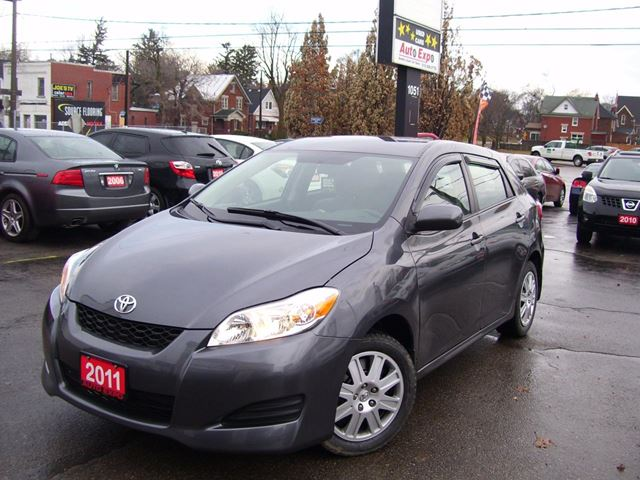 2011 TOYOTA MATRIX Auto,A/C,Cruise Control in Kitchener, Ontario