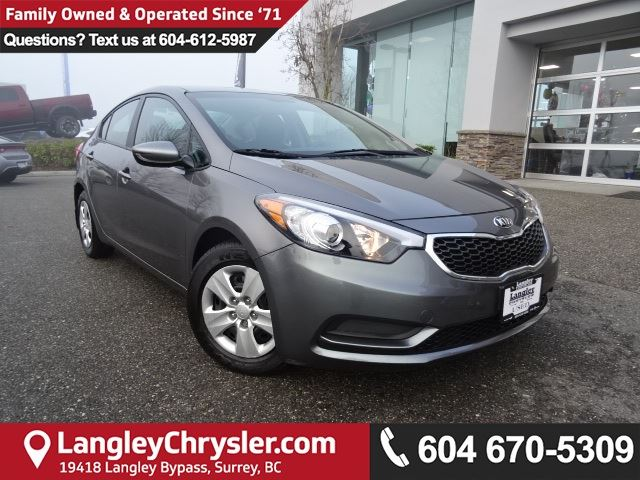 2016 KIA FORTE 1.8L LX *ACCIDENT FREE*ONE OWNER*LOCAL BC CAR* in Surrey, British Columbia
