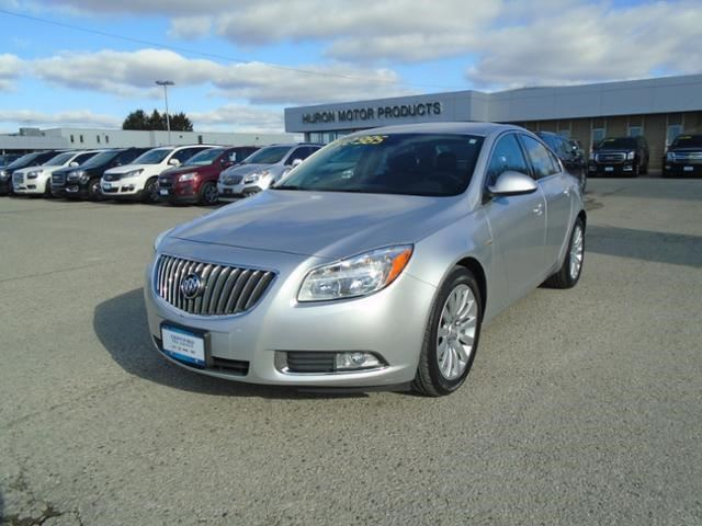 2011 BUICK REGAL CXL w/1SA in Exeter, Ontario