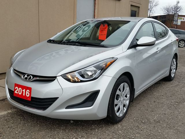 2016 hyundai elantra gl only 20000km 1 owner hamilton. Black Bedroom Furniture Sets. Home Design Ideas