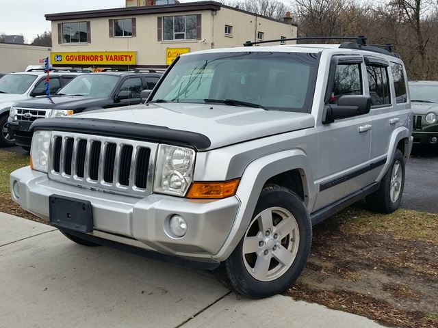 2008 JEEP Commander Sport in Dundas, Ontario