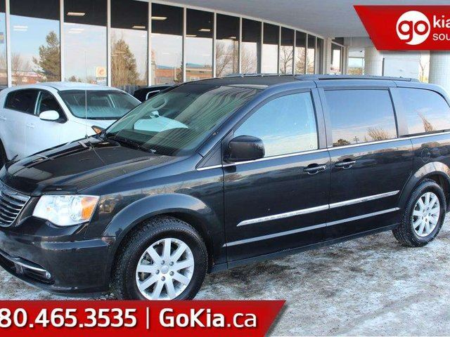 2013 CHRYSLER TOWN AND COUNTRY $117 B/W PAYMENTS!!! FULLY INSPECTED!!!! in Edmonton, Alberta