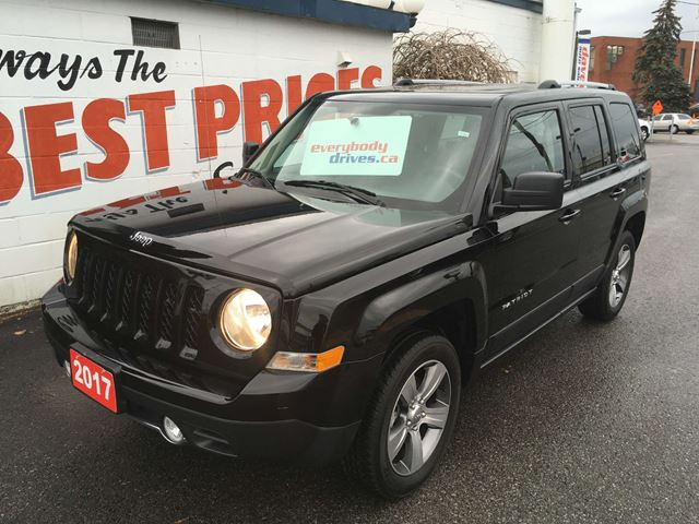 2017 JEEP PATRIOT Sport/North 4X4, TOW PACKAGE, POWER SUNROOF in Oshawa, Ontario