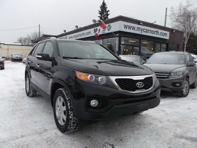 2011 KIA SORENTO LX V6 in North Bay, Ontario