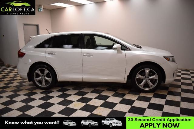 2014 TOYOTA VENZA Base V6- LEATHER * BACKUP CAM * HEATED SEATS in Kingston, Ontario