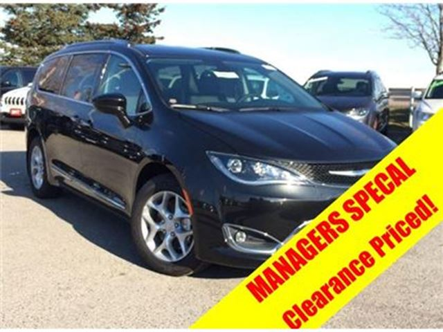 2017 CHRYSLER PACIFICA Touring-L Plus in Mississauga, Ontario