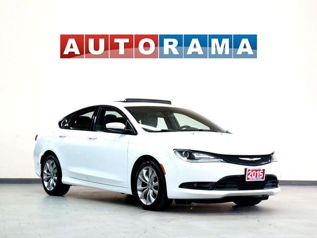 2015 CHRYSLER 200 AWD LEATHER SUNROOF ALLOY WHEELS in North York, Ontario